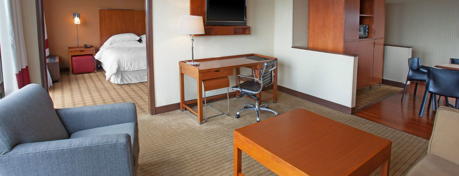 Philadelphia Accommodations - Junior Suite